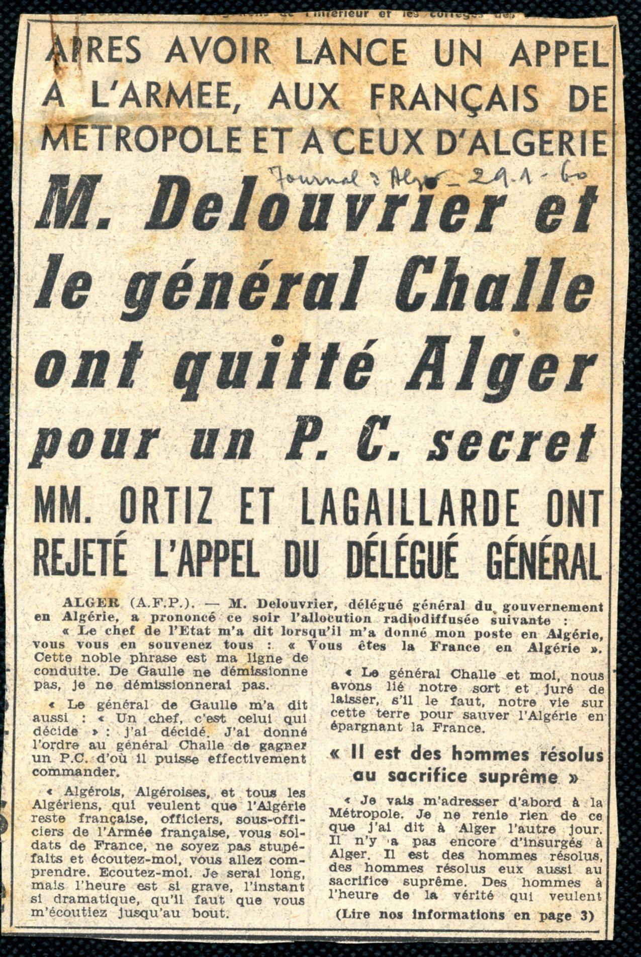 REC_MAN_JOUR19_journaux coupure1.jpg